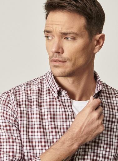 AC&Co / Altınyıldız Classics Tailored Slim Fit Dar Kesim Düğmeli Yaka Kareli Gömlek 4A2021100176 Bordo